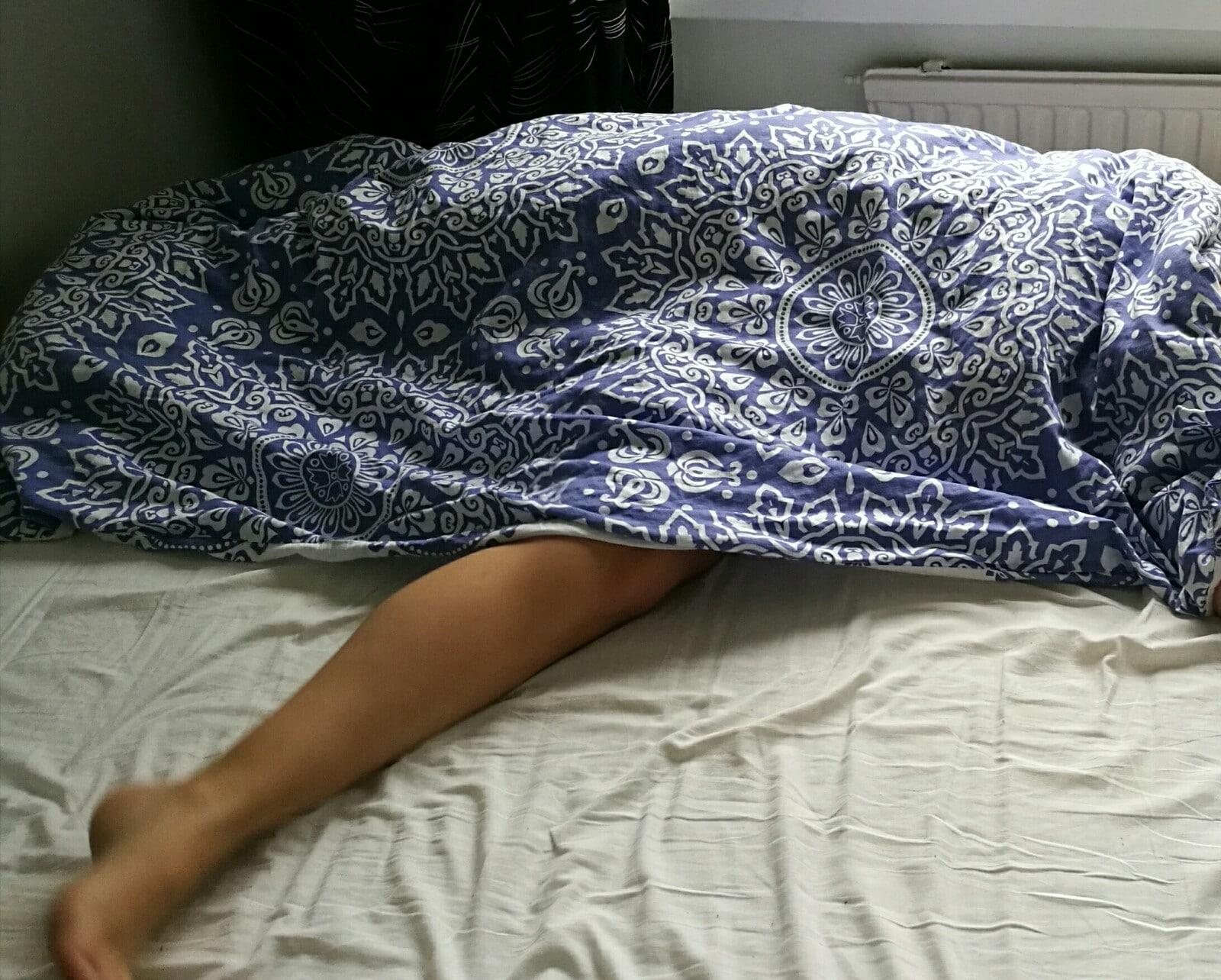 Nukkuva äiti ja poika seksi